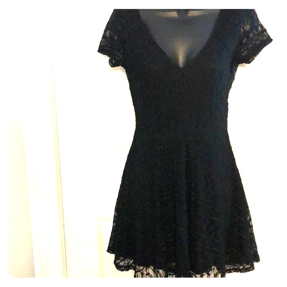 Forever 21 Dresses & Skirts - Black skater dress size small